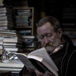 「本を読むと頭が良くなる」を論理的に説明、著名人の読書量も公開
