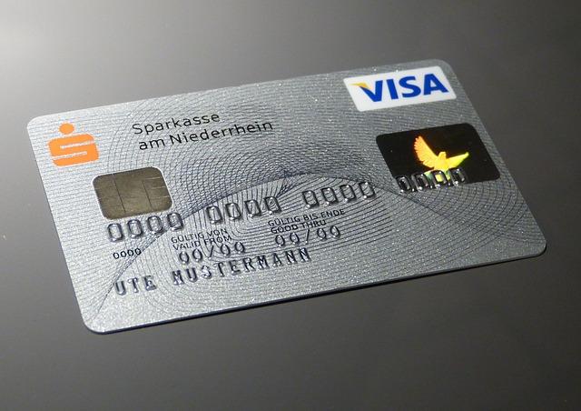 今どきクレジットカード未対応の飲食店はアホなのか?